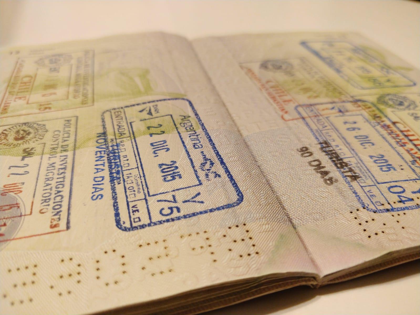 pasaporte_español_interior